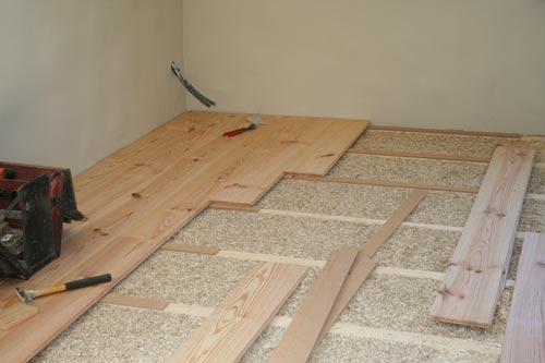 planks over insulation